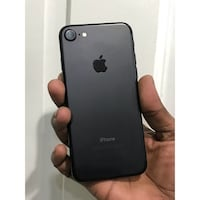 iPhone 7 Unlocked with a 30 DAY WARRANTY! 2270 mi