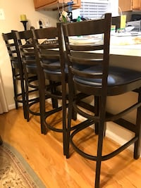 Counter height chairs  7 km