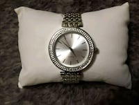 round silver-colored analog watch with link bracelet Windsor, N9A 6H1