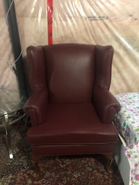 brown leather sofa chair with ottoman Vaughan, L4H 3R1