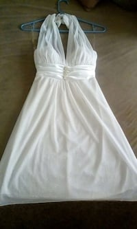 Beautiful white sparkling dress no stains Lodi, 95240