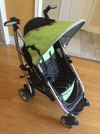 baby's yellow and black stroller Vaughan, L4H 2S4