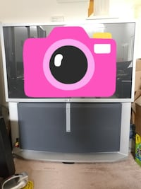 Large Sony TV only $25. Need large vehicle to take away. Toronto, M1T 3V6