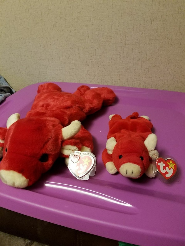 Used two Snort the bull TY beanie babies for sale in Mason - letgo 318aa3a16e5