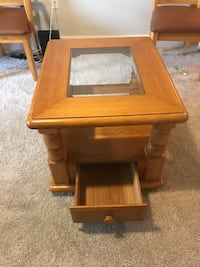 Brown wooden side table with drawer Sanford, 32771