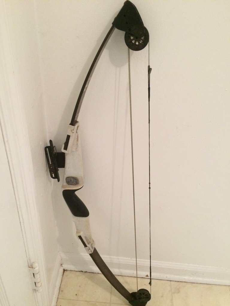 Photo Vintage Bear Mini Magnum Youth Compound Bow