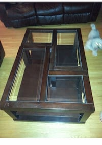 Coffee table splits in two Mississauga, L5W