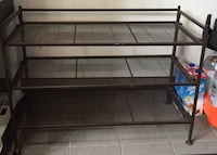 Metal shoe rack Mont-Royal, H3R 1G3