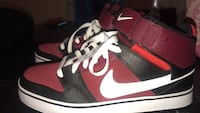 pair of red-and-white Nike basketball shoes Barrie, L4N 5G5