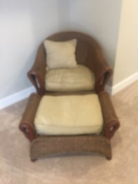 Wicker Chair and Ottoman Bowie, 20721
