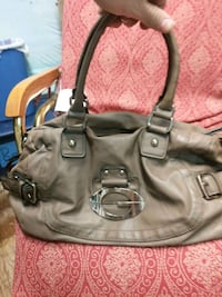 Womans Guess Purse mint Edmonton