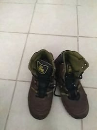 pair of black-and-brown hiking shoes Brownsville, 78521