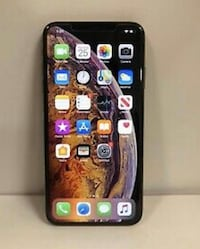Iphone xs max BACK IS CRACKED 400$ obo Chicago, 60656