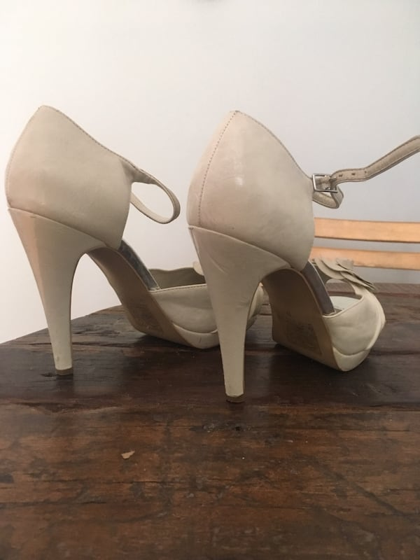 Call It Spring Size 9 Heels 2