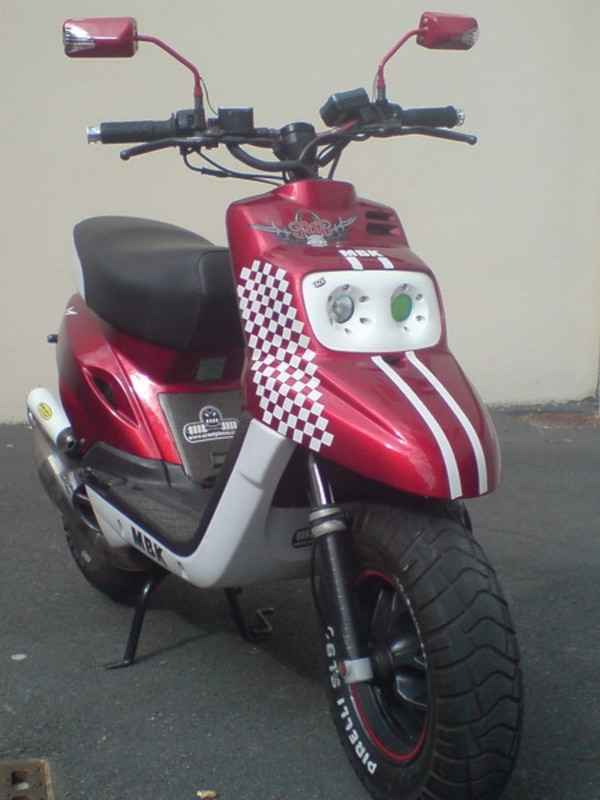 Scooter stunt MBK  Rouge blan