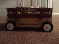 Brown and gray Radio Flyer pull wagon Centreville, 20120