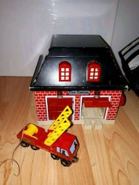 Sold fire house for train set.  Guelph, N1E 7C3