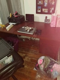 Solid wood office desk  Kawartha Lakes, K0M 1N0