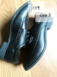 pair of black leather dress shoes Los Angeles, 90023