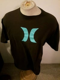 Hurley t size XXL