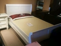 Queen sleight bed frame only $399in stock we deliv Toronto, M9W 1P6