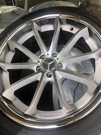 Mercedes Benz 4BD tires & rims - 6 mo old - some scratches  bends 245/40/20 Waldorf
