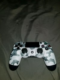 white and black camouflage Sony PS4 controller Los Alamitos, 90720