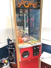 Big Choice Claw Machine Game Full Size South Easton, 02375