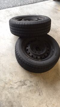 Nissan - Sentra - 2001 4 pcs 185 /65R/ 14  MICHELIN Defender M+S TIre 1.5 year Coquitlam