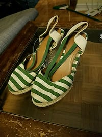 Beachy wedges size 8.5