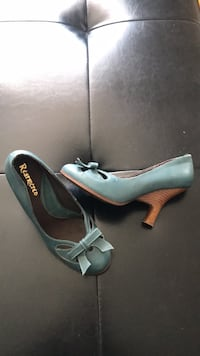 Talons hauts «Restricted» pointure 6! Longueuil, J3Y 8S7