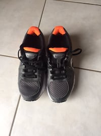 Almost new saucony  running shoes size 7 St. Catharines