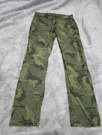 Urban Heritage Camouflage Jeans Size 30