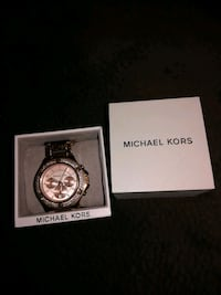 round silver Michael Kors chronograph watch with link bracelet Butler County, 45011