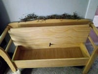 Bench chest very great condition. Newark, 43055