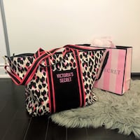 Brand new Victoria Secret tote bag  Toronto, M9W 0C6