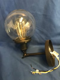 Edison light fixtures (3 different ones). Selling for $10. Located by Oswell St/Brundage Lane. Thanks Bakersfield, 93307