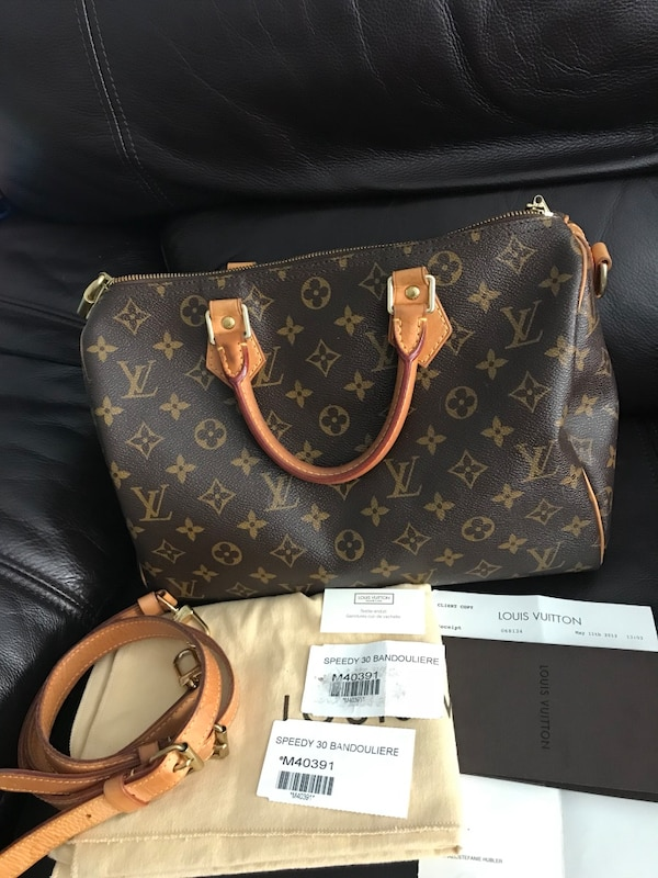 62b2dc24bd97 Authentic 100% Louis Vuitton Speedy 30 Bandouliere Monogram Come with  receipt and authenticity Card