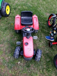 toddler's red and black trike Gainesville, 20155