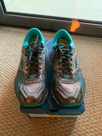 Brooks women's neutral glycerin 13 size 8 EUC Arlington, 22201