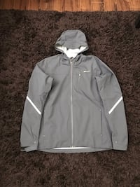 Sugoi windbreaker biking Jacket Richmond, V6Y 1M9