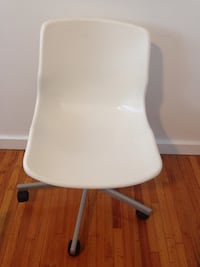 White and gray rolling chair .BREND .NEW Winnipeg, R2M