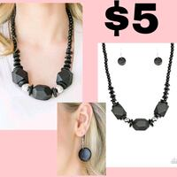 black and white beaded necklace Lubbock, 79412