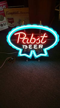 Neon beer light's Strasburg, 44680