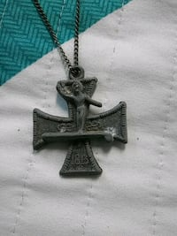 silver-colored link necklace with cross pendant Leesburg, 20175