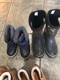 Winter boots for kids for 5 and 8 yrs old boys  Surrey, V3S 4S5