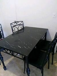 rectangular black dining table with chairs Porterville, 93257