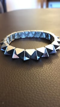 Heavy adjustable silver spiked bracelet Knoxville, 37938