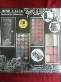 Mesh & Lace replaceable makeup set in box West York, 17404