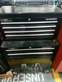 2 part Husky toolbox with drawers and cabinet  Mississauga, L4W 1S9